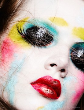 3-holly_rose_vogue_deutsch_januar_2013_ben_hassett-222-275x357