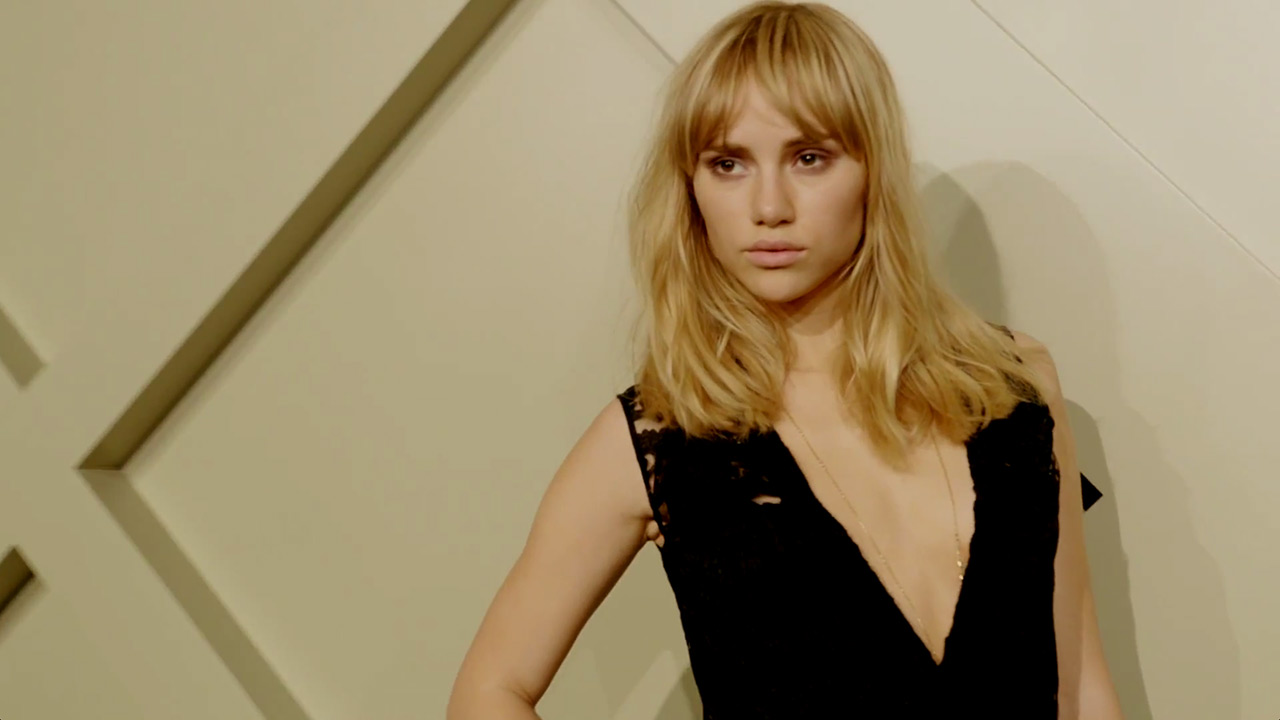 Suki Waterhouse | Burberry Prorsum AW14 in Shanghai (Video still: via youtube.com/Burberry)