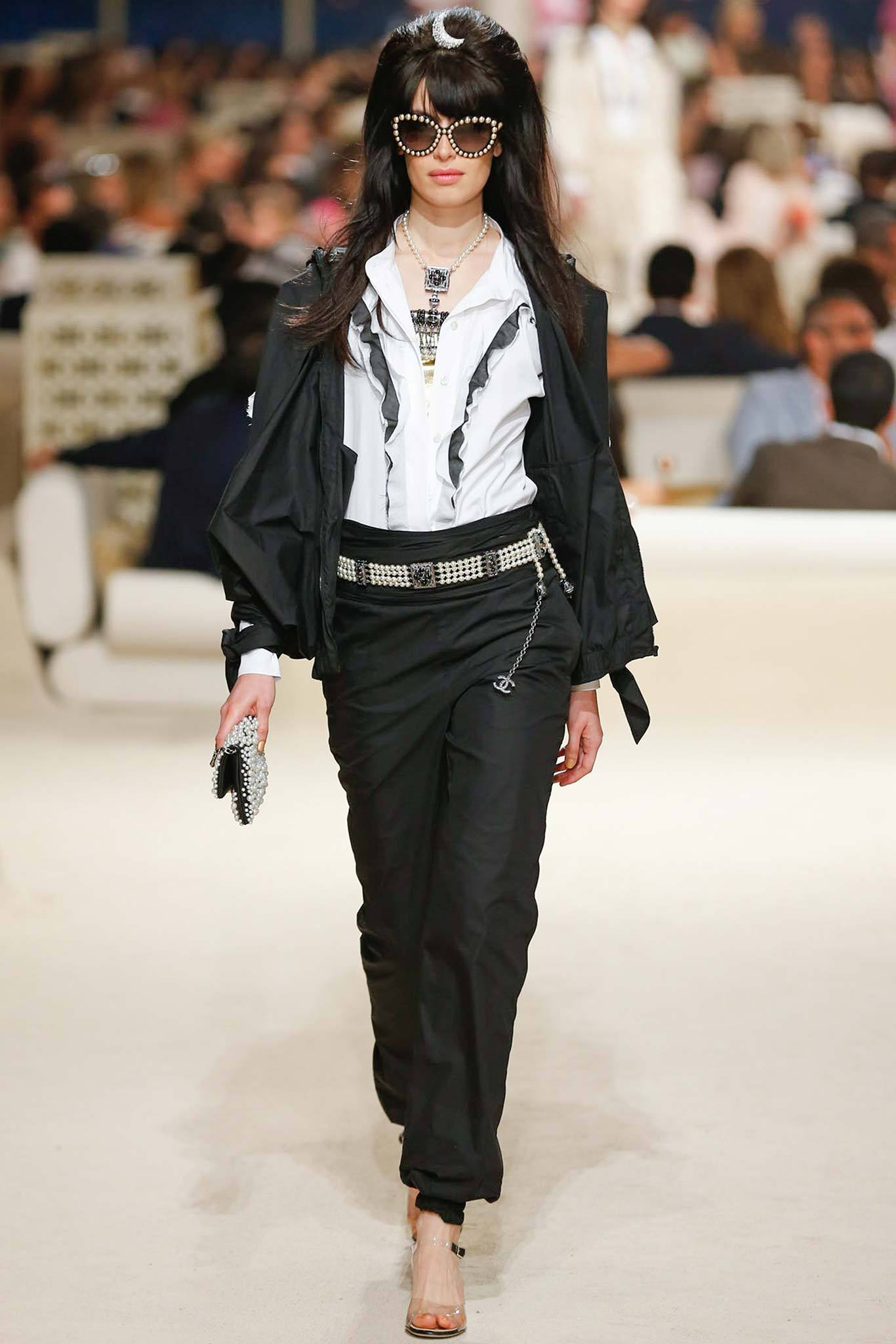Sabrina Ioffreda | Chanel Cruise 2015 (Photography: Gianni Pucci / Indigitalimages.com via Style.com)