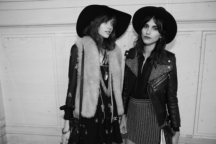 Grace Hartzel & Langley Fox Hemingway (Photography: Saskia Lawaks via Vogue.fr)