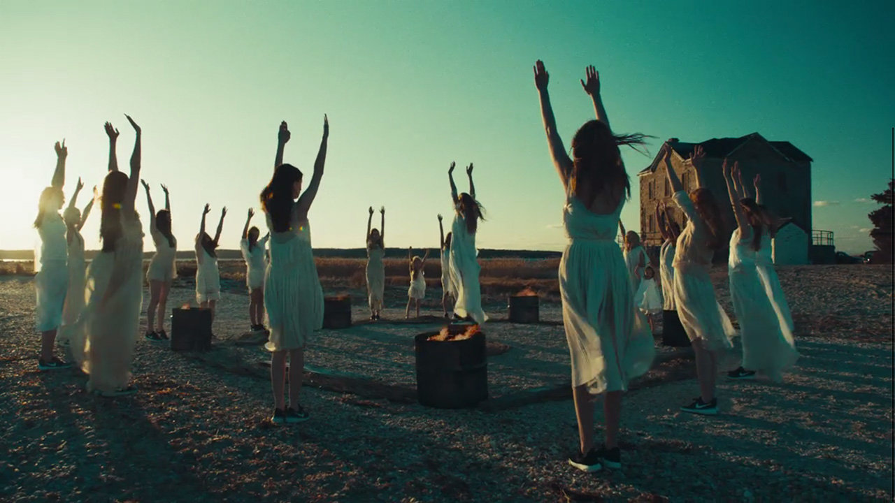 """Reach for the heavens — """"Weight of Love"""" by The Black Keys (Video still: Theo Wenner)"""