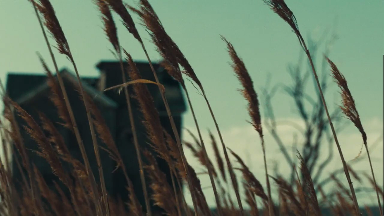 """A picturesque cult compound like any other in """"Weight of Love"""" by The Black Keys (Video still: Theo Wenner)"""
