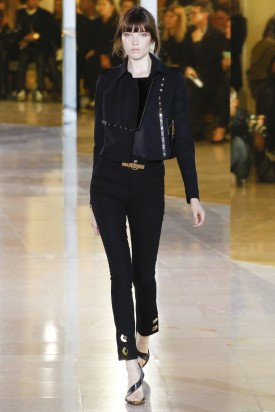 1-grace_hartzel_anthony_vaccarello_spring_2016_ready-t0-wear_indigitals-4-275x412