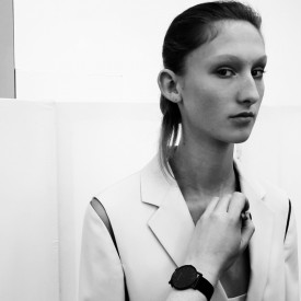 Jay Wright receives touch-ups backstage before opening the show | Jil Sander Spring / Summer 2016 (Video still: Damien Neva)