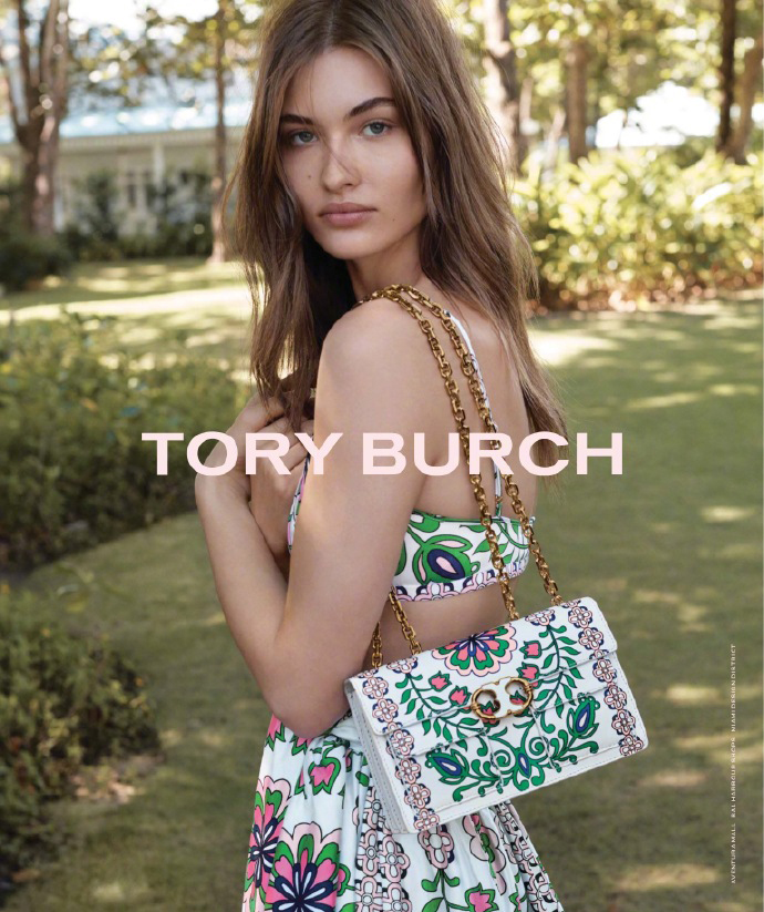 Grace Elizabeth for Tory Burch Spring / Summer 2017 (Photography: Tory Burch)